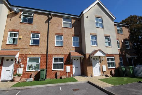 4 bedroom townhouse to rent - Lacey Close, Portsmouth