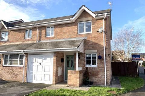 3 bedroom semi-detached house for sale - Llys Pentre Broadlands Bridgend CF31 5DY