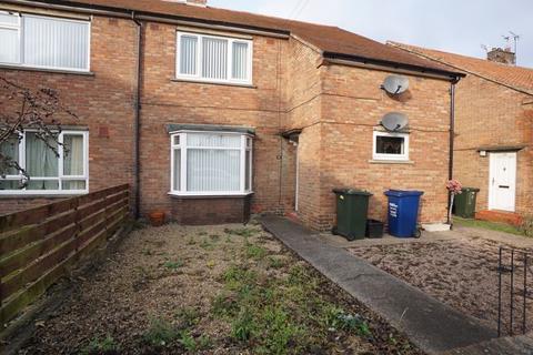 2 bedroom flat to rent - Falstone Square, Fawdon