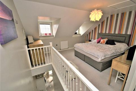 3 bedroom semi-detached house for sale - Orkney Way, Stockton-On-Tees