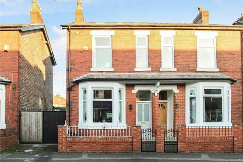3 bedroom terraced house for sale - Haddon Grove, Timperley