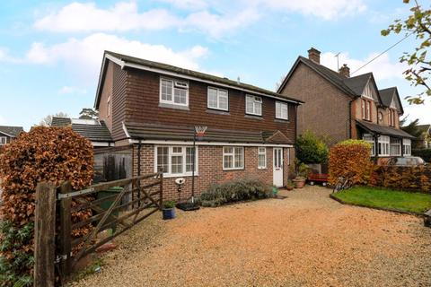 4 bedroom detached house to rent - Rowan Tree Close, Liss