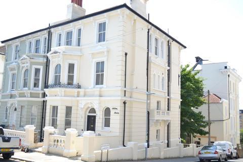 Property to rent - STUDIO FLAT, Church Road, ST LEONARDS-ON-SEA, East Sussex, TN37