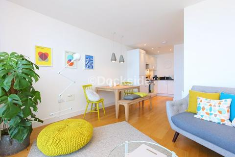 1 bedroom apartment to rent - The Quays, Chatham Maritime