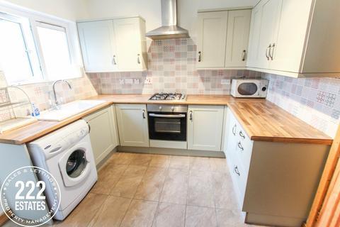 2 bedroom terraced house to rent - Leonard Street, Warrington, WA2