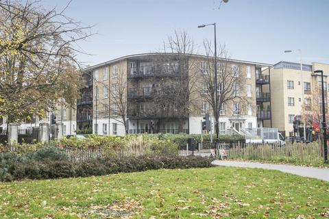 2 bedroom flat for sale - Wells Way, Camberwell, SE15