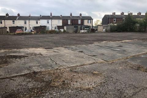 Property to rent - Chapel Yard, Wakefield