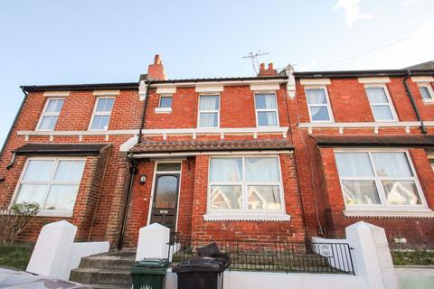 3 bedroom house to rent - Redvers Road, Brighton
