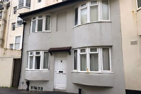 4 bedroom terraced house to rent - Montpelier Road, Brighton