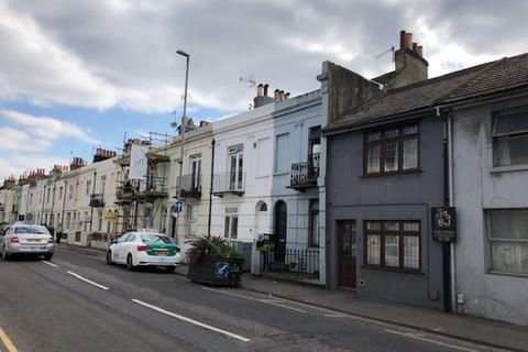 4 bedroom house to rent - Viaduct Road, Brighton