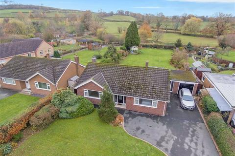 3 bedroom detached bungalow for sale - Waen Meadows, Llansantffraid