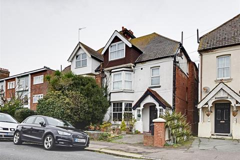 2 bedroom flat for sale - Jameson Road, Bexhill-On-Sea
