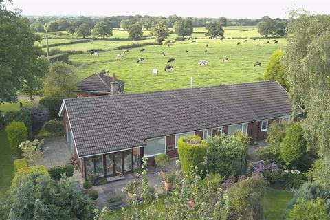 3 bedroom detached bungalow for sale - Coton Rise, Barlaston