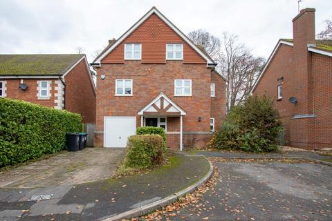 4 bedroom apartment to rent - Tring