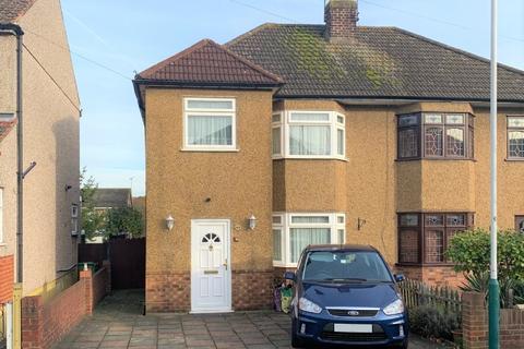 3 bedroom semi-detached house to rent - Ethelburga Road, Harold Wood