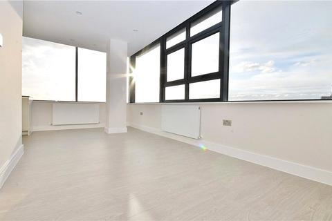 2 bedroom apartment to rent - The View, Staines Road West, Sunbury-on-Thames, Surrey, TW16