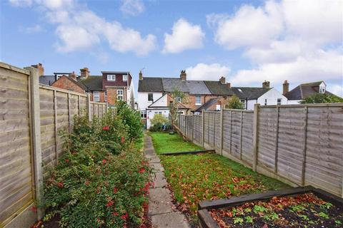 2 bedroom end of terrace house for sale - New Road, Saltwood, Hythe, Kent