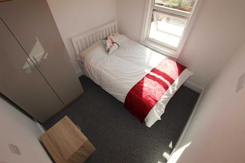 1 bedroom semi-detached house to rent - Catherine Street, Reading