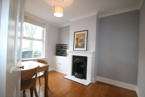 2 bedroom terraced house to rent - Crunden Road, South Croydon