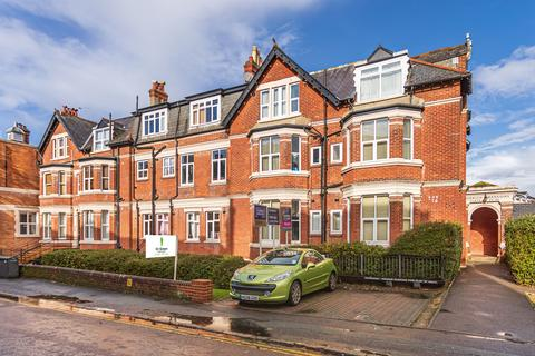 2 bedroom apartment for sale - Norwich Avenue West, Bournemouth