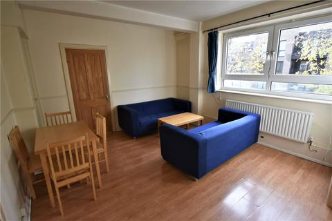 3 bedroom flat to rent - Neckinger Estate, London, SE16