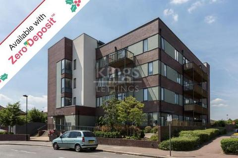 2 bedroom flat to rent - Wenlock House, Eaton Road, Enfield