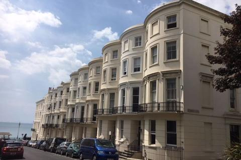 6 bedroom house to rent - Eaton Place, Brighton