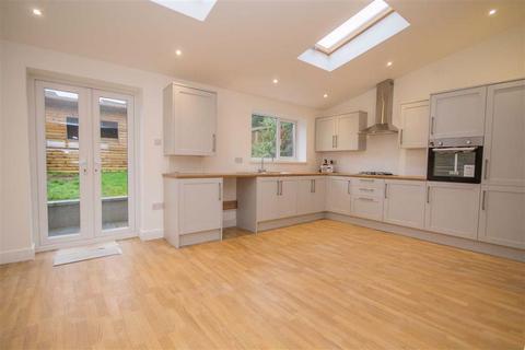 3 bedroom terraced house for sale - Pentrebane Road, Pentrebane, Cardiff