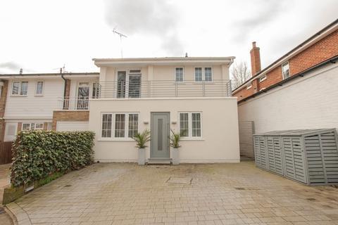 4 bedroom link detached house for sale - Milton Close, Henley-on-Thames