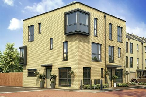 3 bedroom semi-detached house for sale - Plot 125, The Greyfriars Corner at Colonial Wharf, Chatham Quayside ME4