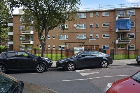 4 bedroom flat to rent - Studley Road, SW4