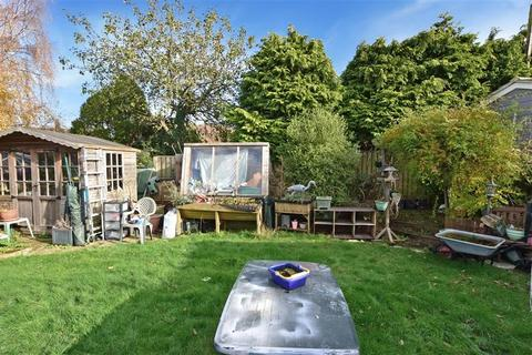 4 bedroom bungalow for sale - Silver Hill Road, Willesborough, Ashford, Kent