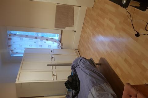 Studio to rent - Torridon Road, Catford, London, SE6