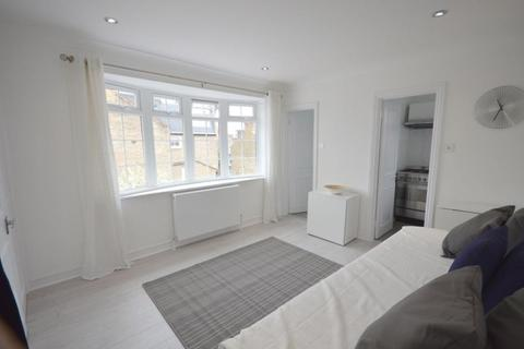 Studio to rent - Felsham Road Putney SW15