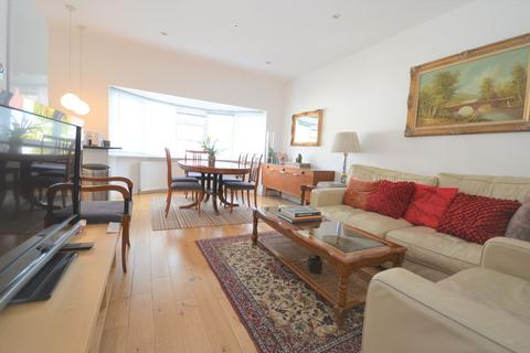 3 bedroom flat to rent - Second Avenue, Acton