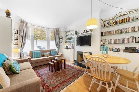 2 bedroom flat for sale - Albert Bridge Road, SW11
