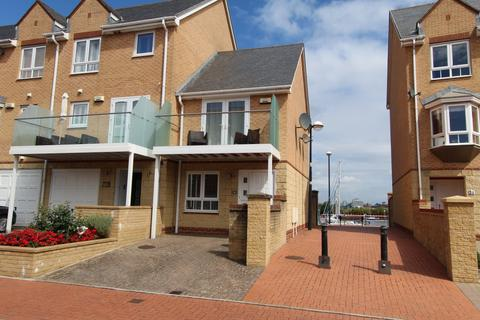 2 bedroom terraced house to rent - Chandlers Way , Penarth Marina  CF64
