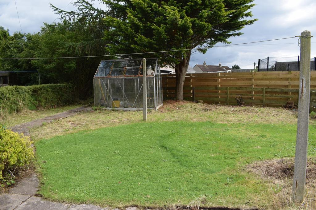 15 Ashfield Drive, Dumfries DG2 9 BX   Grieve Grier