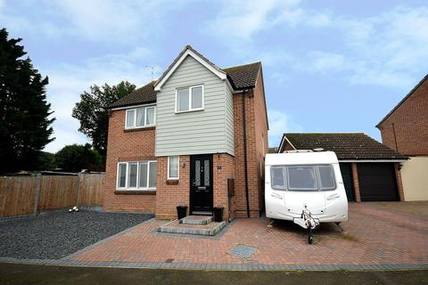 4 bedroom detached house for sale - Cherry Orchard, Southminster, Essex, CM0