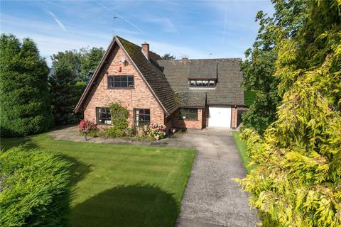 4 bedroom detached house for sale - Mainwaring Road, Over Peover, Knutsford, Cheshire, WA16