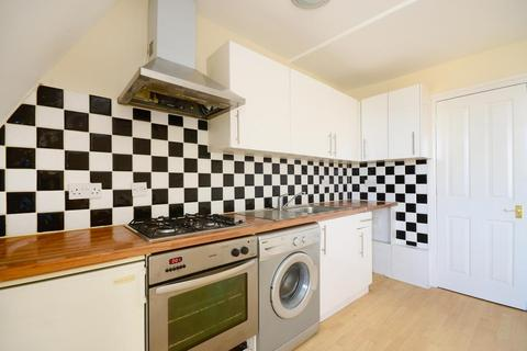 1 bedroom property to rent - Tooting High Street, London, SW17