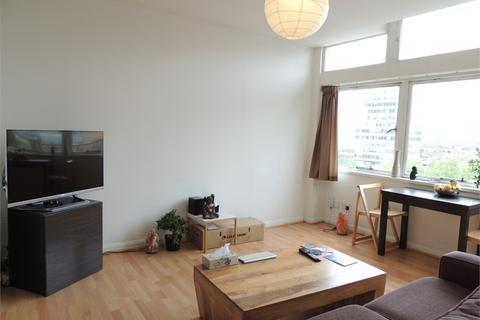 2 bedroom apartment to rent - Metro Central Heights SE1