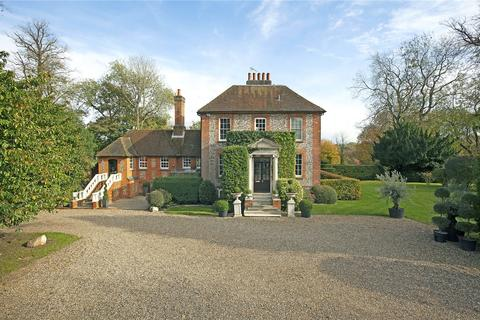 5 bedroom character property for sale - 61 Sheepcote Dell Road, Holmer Green, Buckinghamshire, HP15
