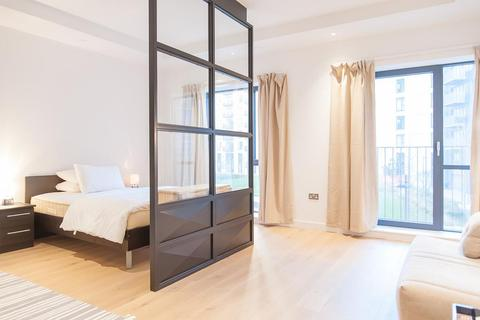Studio to rent - Java House, City Island, Canning Town, London, E14