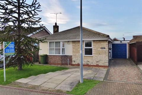 3 bedroom detached bungalow to rent - Burton Fields Close, Stamford Bridge