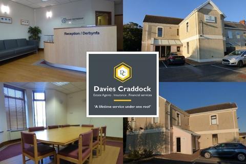 Property to rent - Park Crescent, Llanelli, SA15