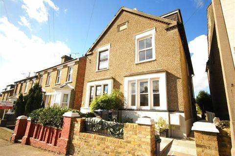 3 bedroom detached house to rent - Trinity Road Ware Herts