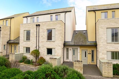 4 bedroom terraced house for sale - Officers Field, Portland, DT5