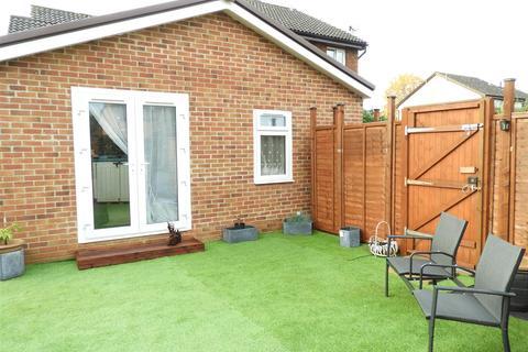 1 bedroom bungalow for sale - Tamworth Drive, Shaw, Swindon