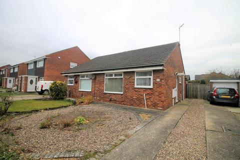 2 bedroom semi-detached bungalow for sale - Culross Grove, Fairfield, Stockton-On-Tees